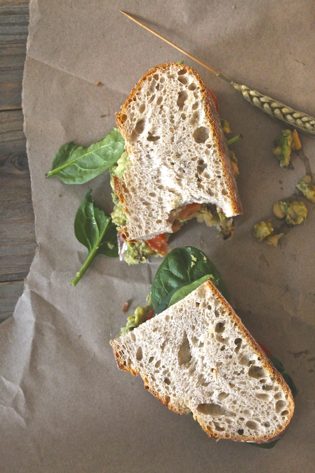 Mashed Avocado & Chickpea Sandwich