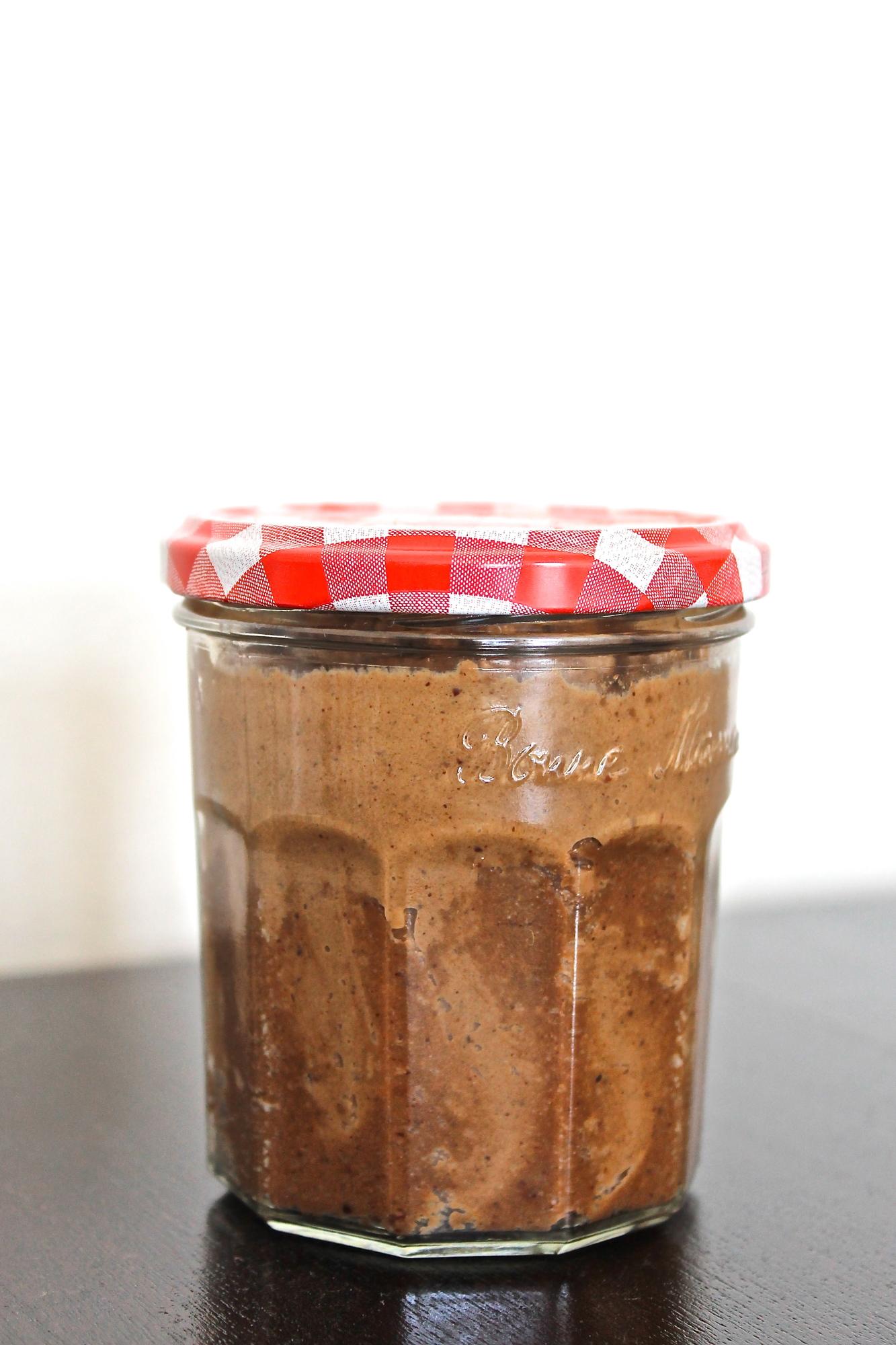 healthy chocolate hazelnut spread