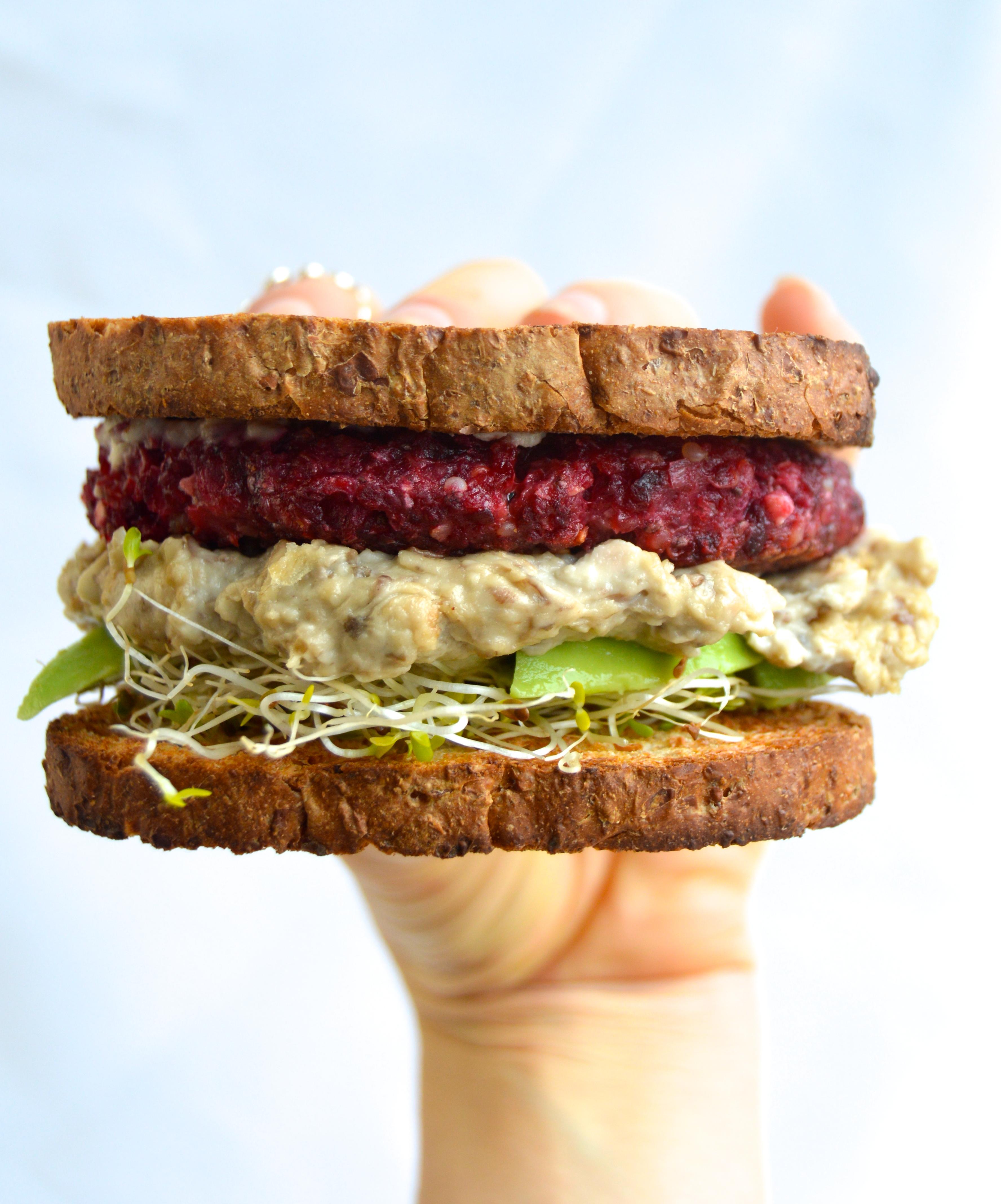 "Guest Recipe: Easy Veggie ""Burger"" with Creamy Mushroom Sauce"