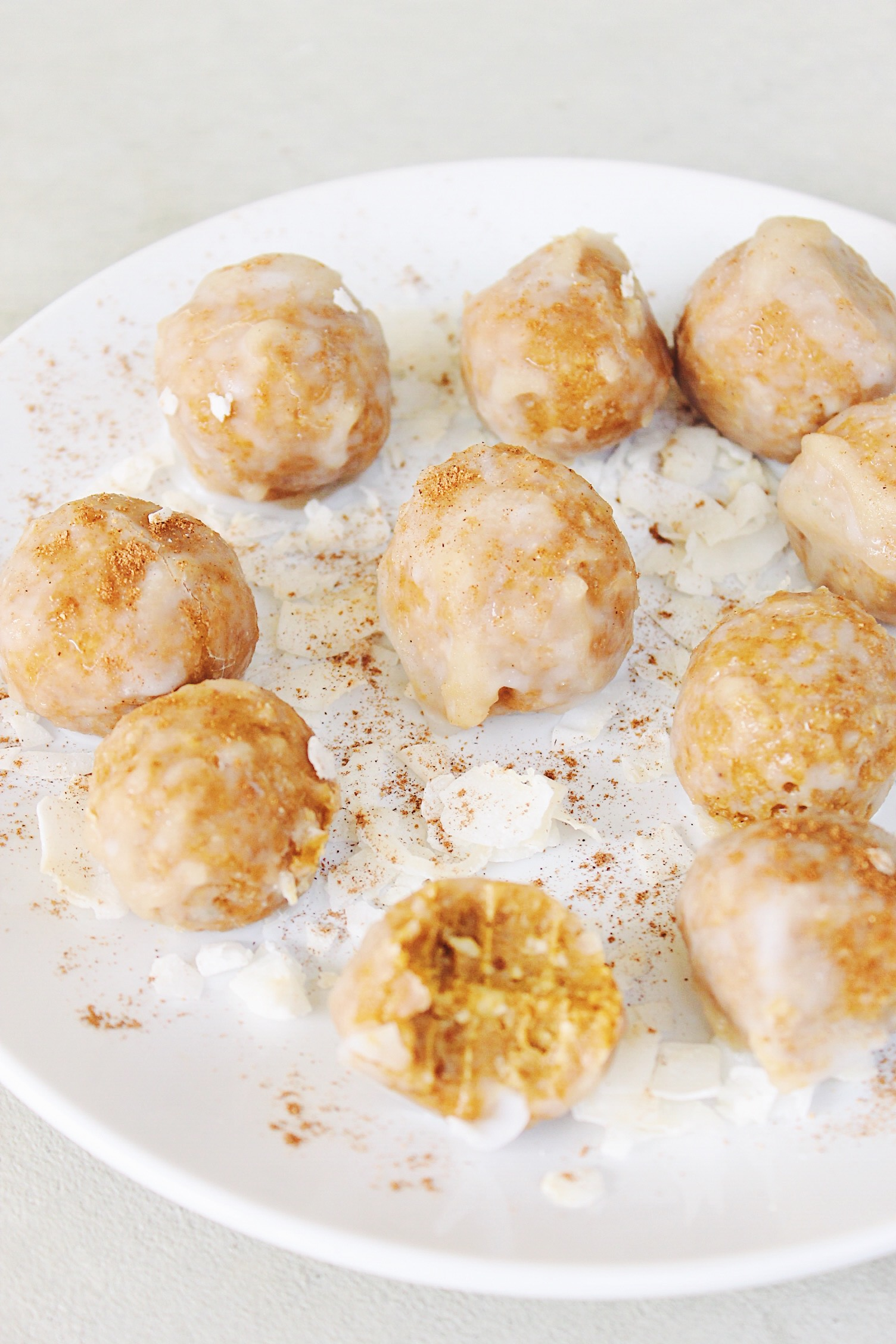 Pumpkin Spice Glazed Donut Holes