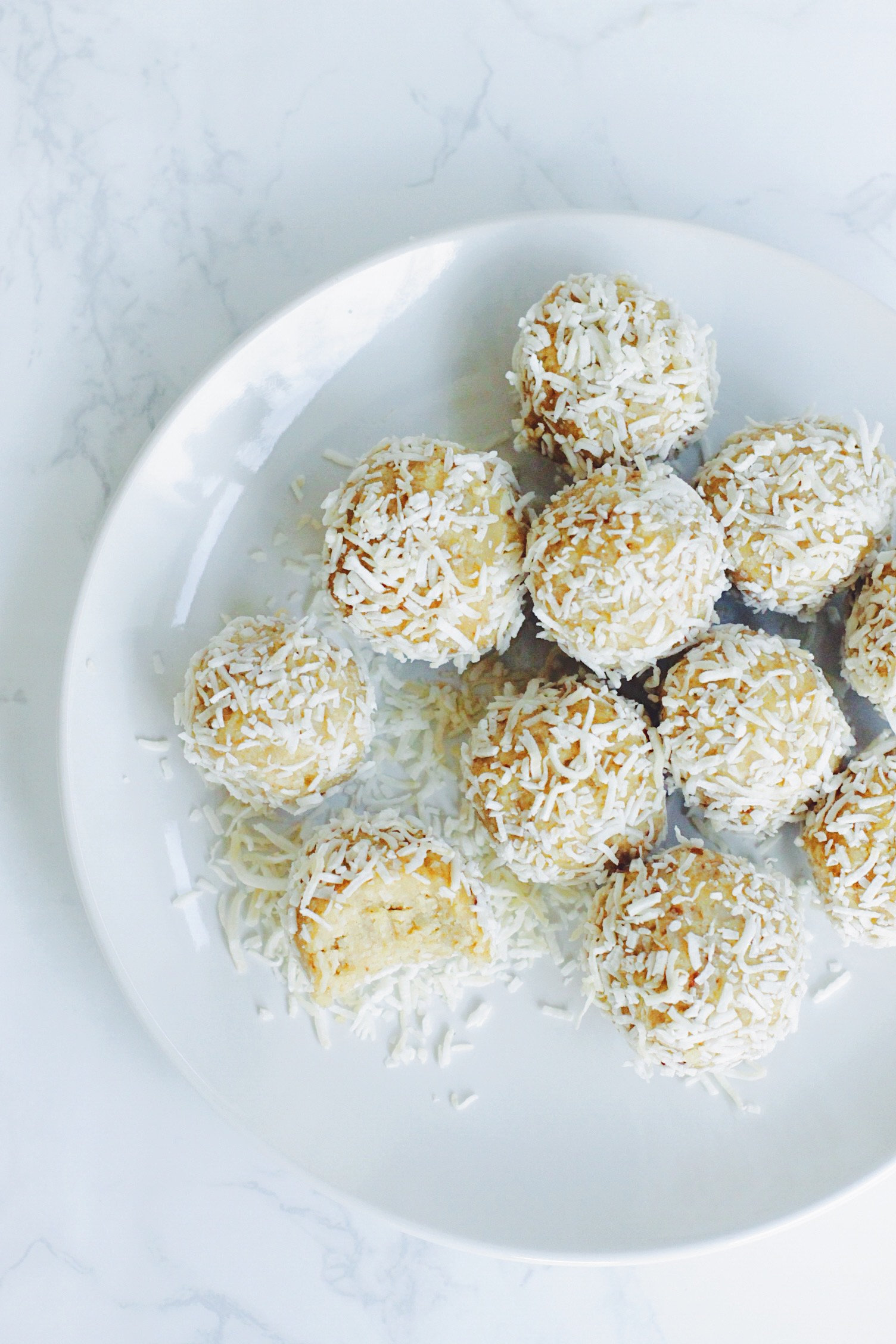 Lemon Coconut Energy Snowballs