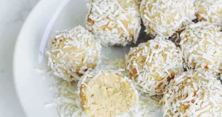 Lemon Coconut Energy (Snow)Balls