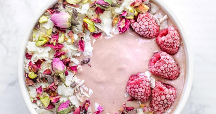 Raspberry Ginger Smoothie Bowl