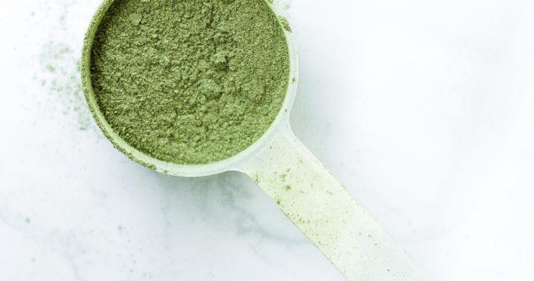 Should You Add Greens Powder To Your Smoothie?