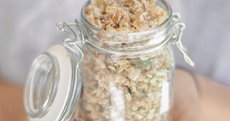 Recipe: Rawnola in 5 Minutes