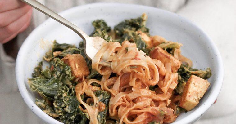 Recipe: 15-Minute Kale & Tofu Curry Noodles