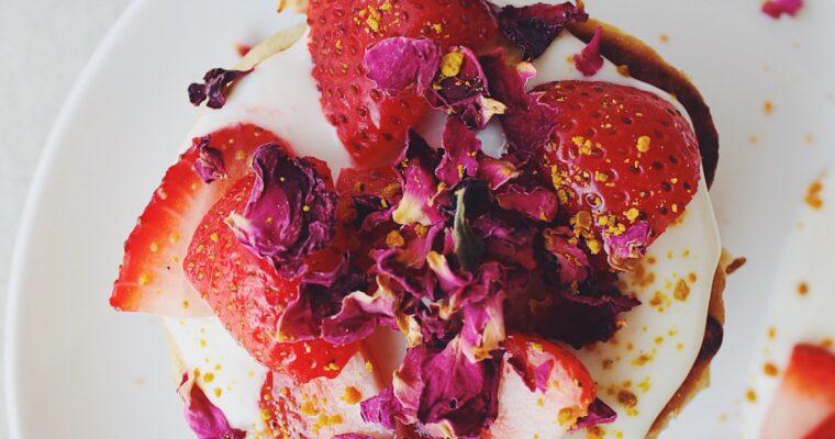 Recipe: Fluffy Rhubarb Pancakes (Gluten Free, Sugar Free & Vegan)