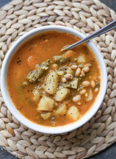 white-bean-soup-bowl